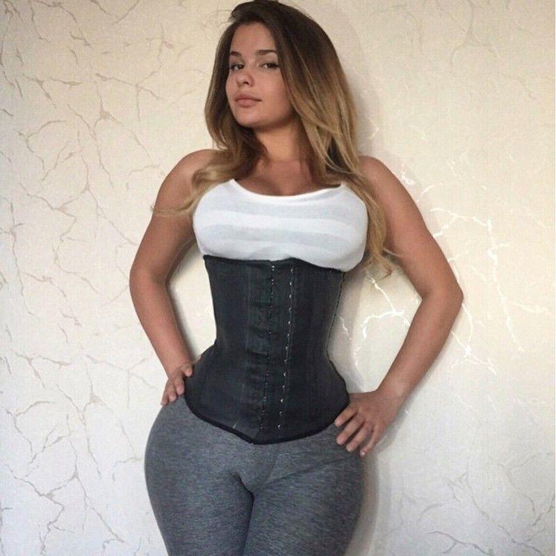 Девушки в джинсах с большими формами