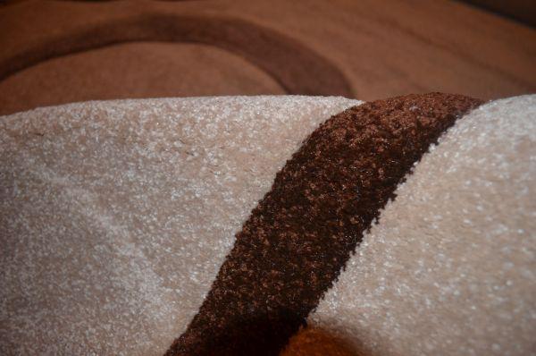 ковер из полипропилена Химчистка ковров и цены в Москве: попыталась понять, из какого материала сделан мой коврик
