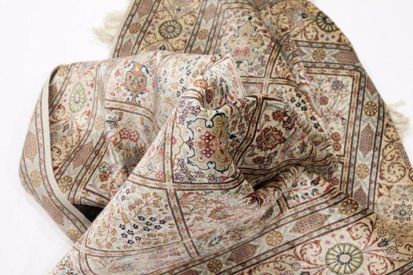 Шерстяной ковер Химчистка ковров и цены в Москве: попыталась понять, из какого материала сделан мой коврик