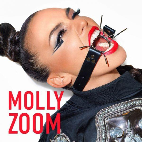 molly zoom zoom перевод
