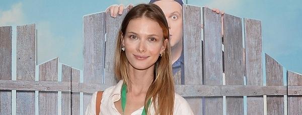На премьеру фильма «Жених» на Кинотавре в СочиСветлана Иванова сделала неудачный макияж