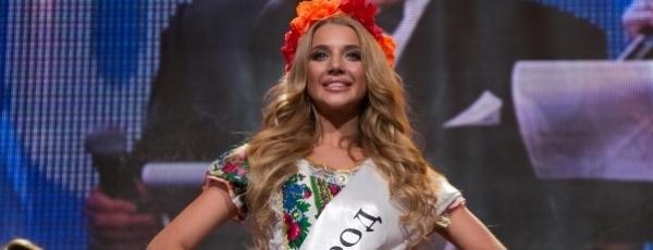 16-летняя Анастасия Михайлюта стала «Юной Красой России»